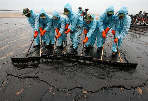 gulf oil spill cell phones