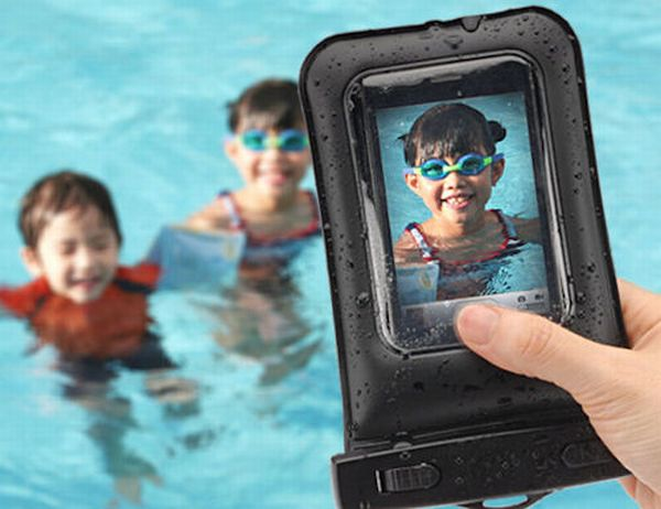 Sanwa's Waterproof iPhone Case