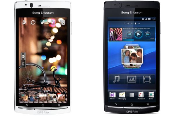 Sony Ericsson Xperia Arc vs. Xperia Arc S